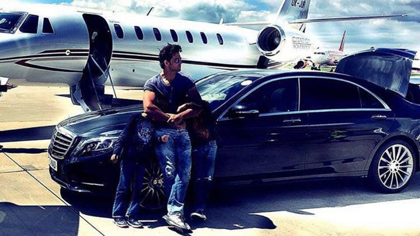 Bollywood Actor Hrithik Roshan Has Quite An Impressionable List Of Luxury  Cars In His Garage, Ranging From The INR 7 Crores Rolls Royce Ghost Series  II To ...