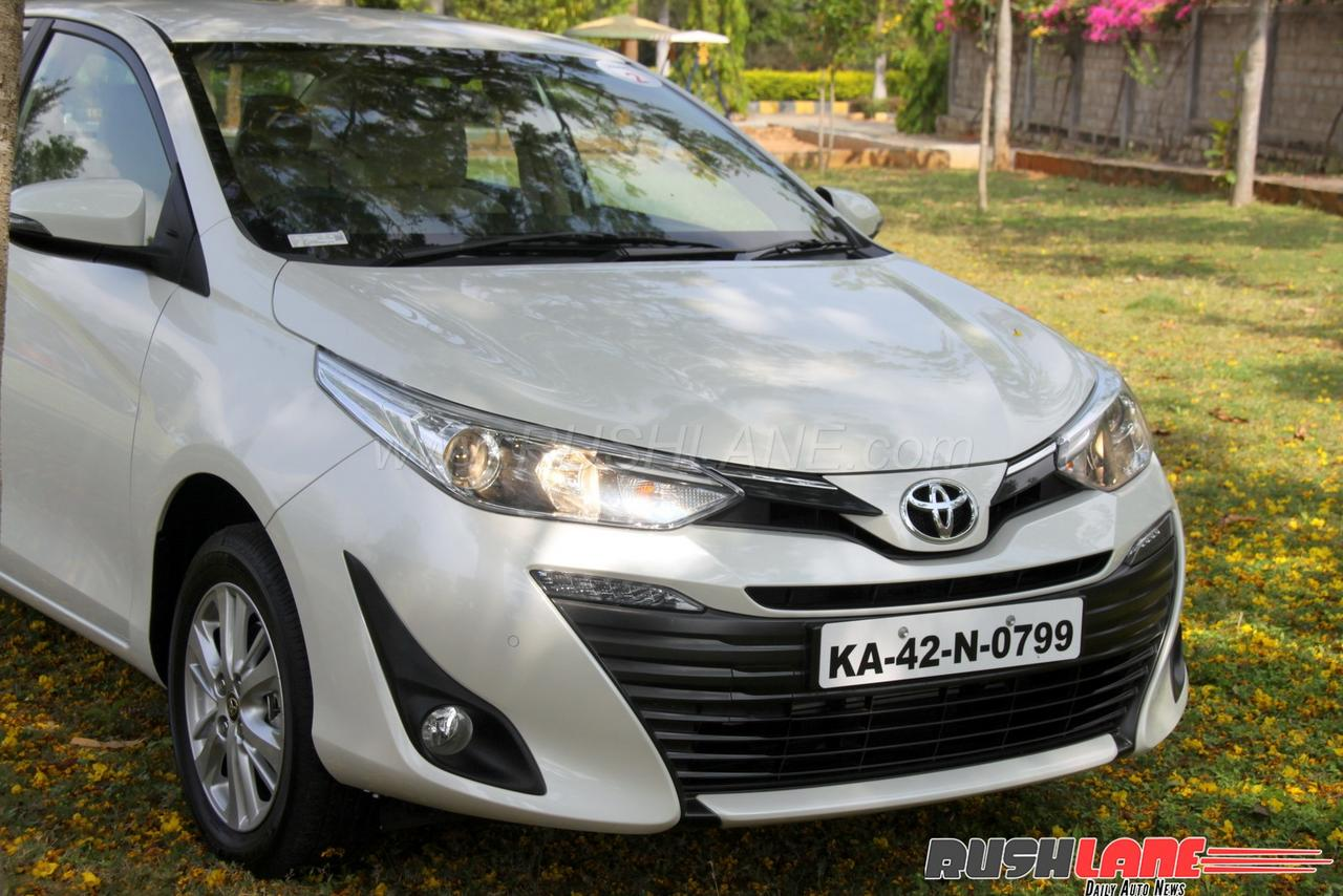 toyota yaris test drive review is it better than maruti ciaz honda city. Black Bedroom Furniture Sets. Home Design Ideas