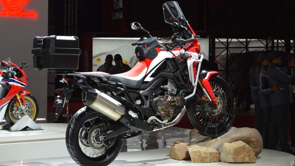 2018 Honda Africa Twin launch price Rs 13.23L - GP Red colour scheme