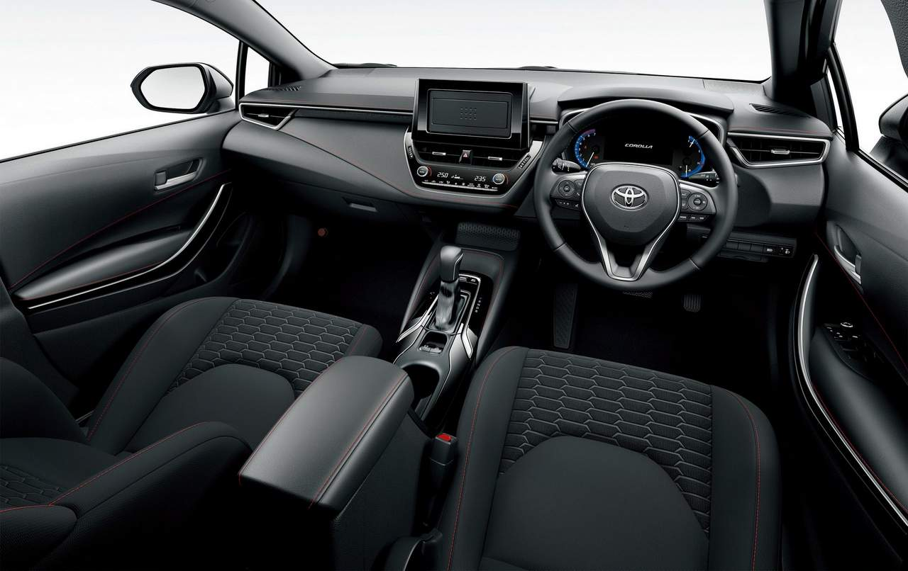 2018 toyota corolla sport launched with 1 2 liter 114 hp. Black Bedroom Furniture Sets. Home Design Ideas