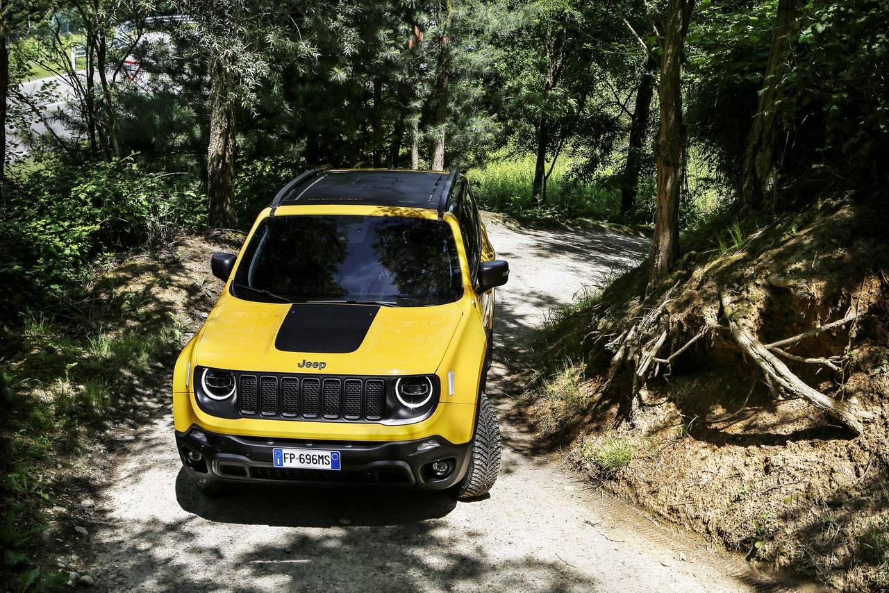 Jeep Renegade Facelift 2018 >> India bound 2019 Jeep Renegade and Renegade Trailhawk detailed - Photo Gallery