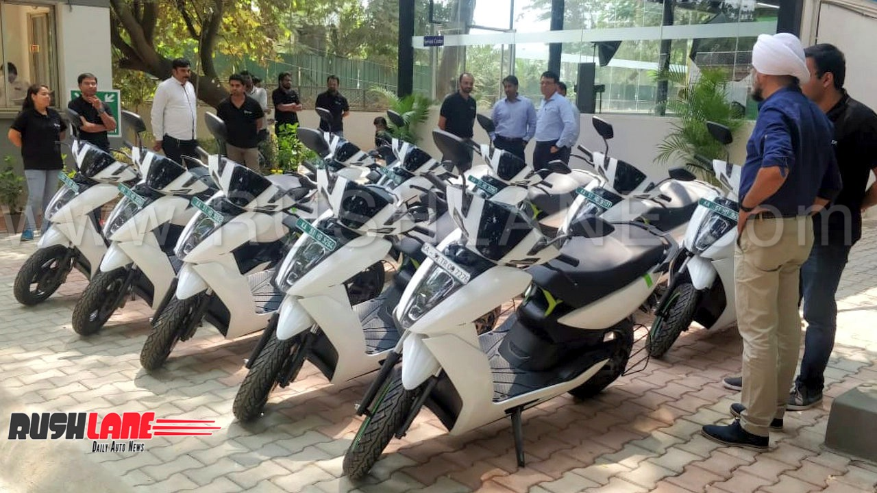 Bajaj plans to launch Tesla-like future ready electric scooter in 2019