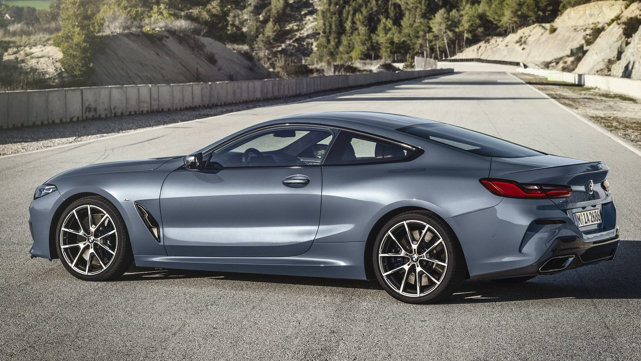 bmw 8 series coupe bmw 8 series coupe makes global debut ahead of launch