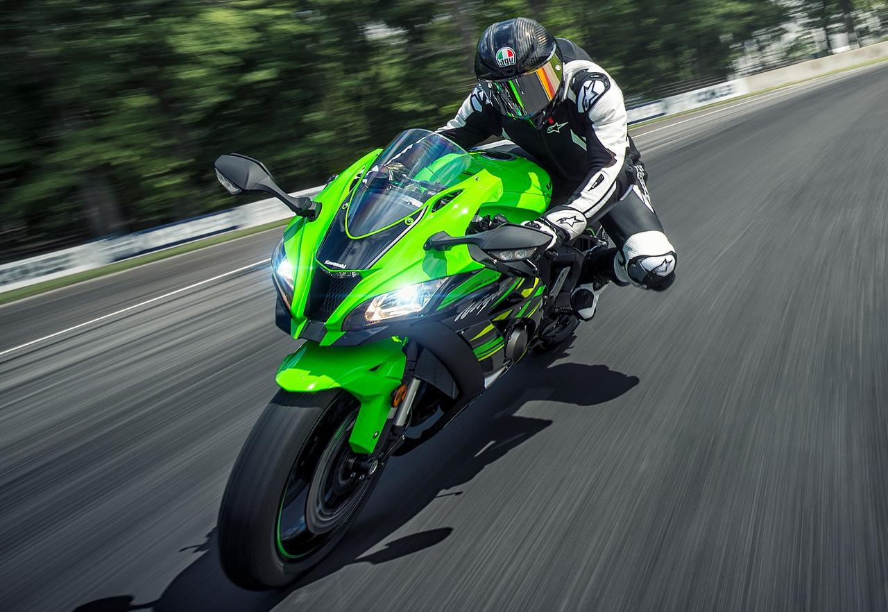 Made In India Kawasaki Zx10r Sold Out In Just 15 Days Since Launch