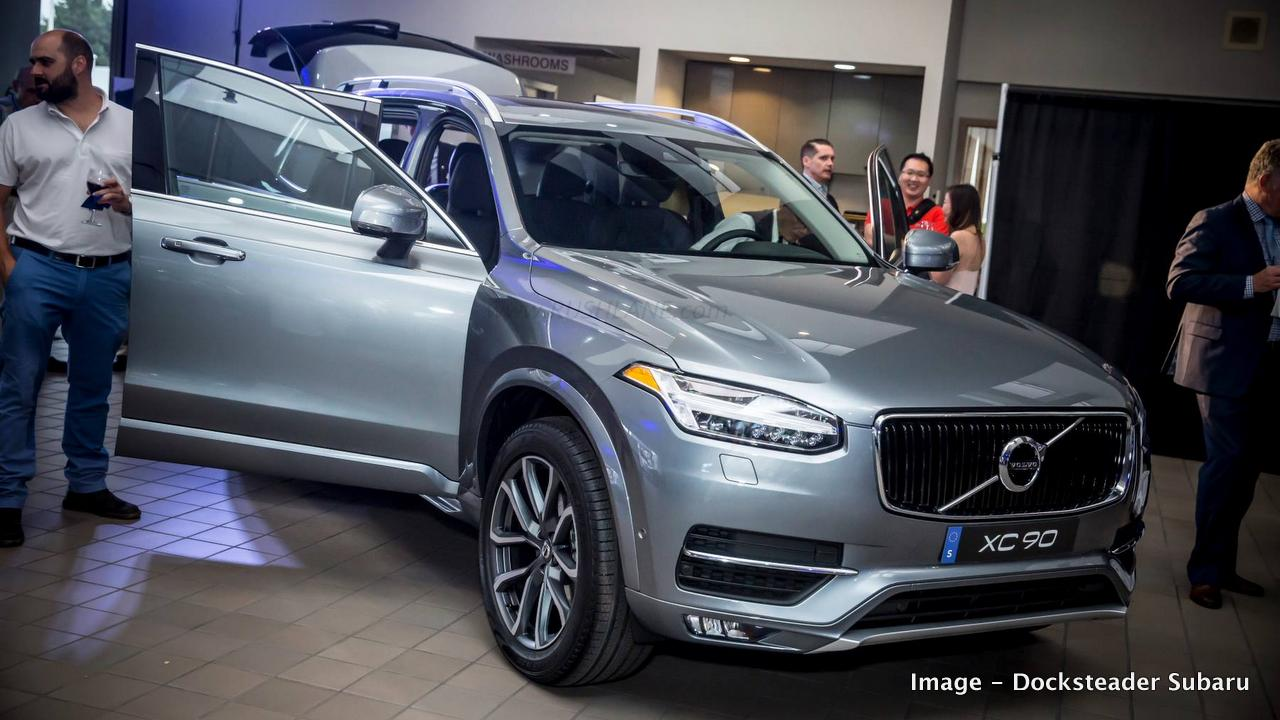 Price Of Volvo Xc90 Inscription Is Rs 96 65 Lakhs About Rs 35 Lakhs Lesser Than The Excellence Trim