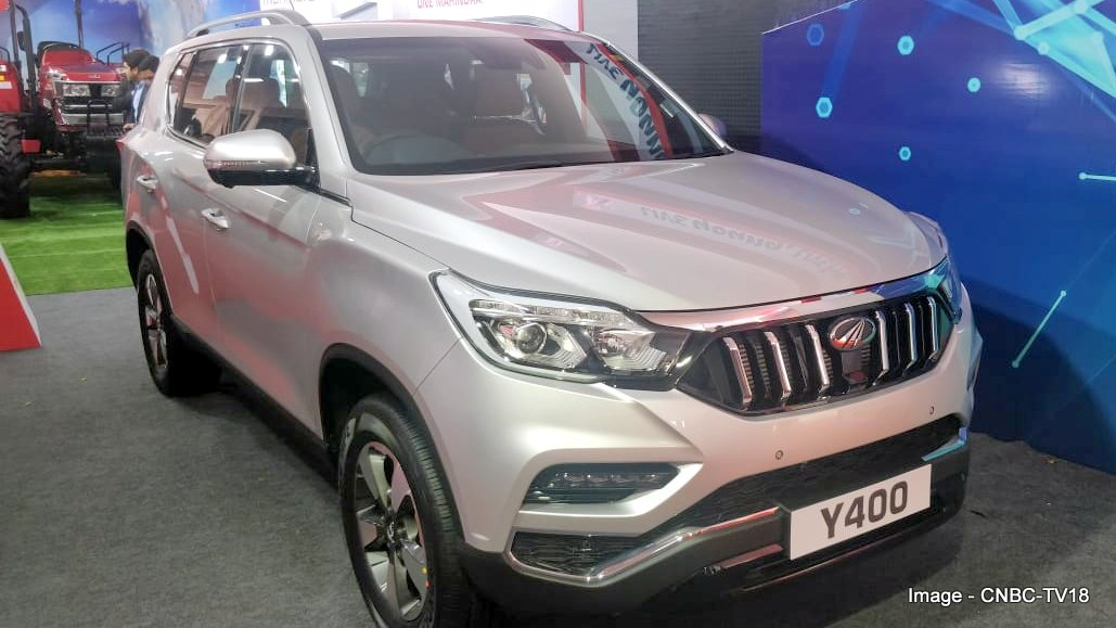 Mahindra Xuv700 Showcased To Dealers At Agm First Look