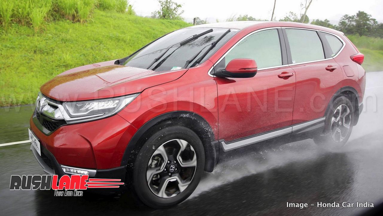 The 5th Generation Honda Crv Is Larger Than Its Earlier Counterpart And Now Sports A Third Row Seating At Rear Dimensions Stand 4 587mm Long