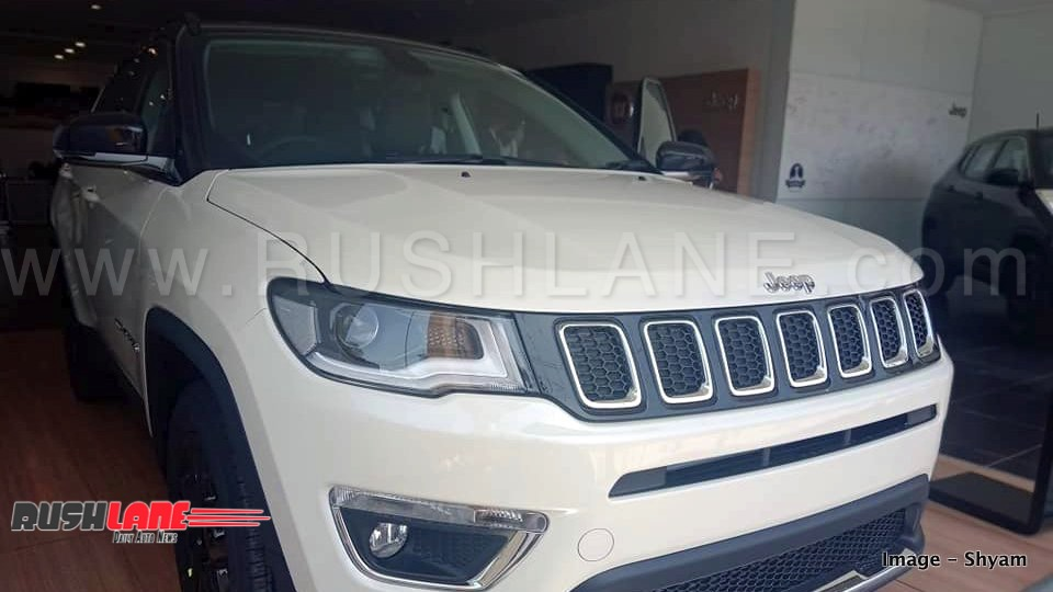 2018 Jeep Compass Black Pack Launch Price Rs 20 59 Lakhs Test