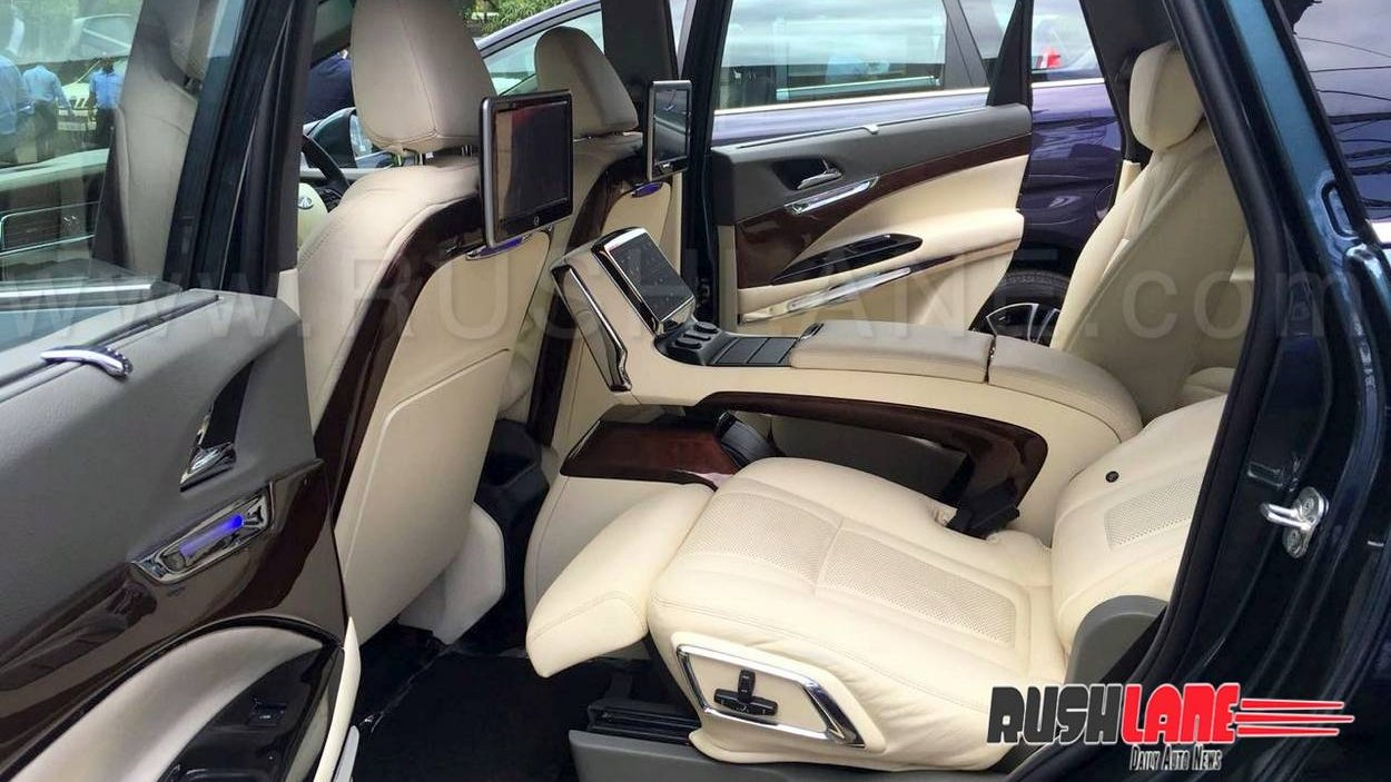 Mahindra Marazzo Customised Dc Style Leather Seats Android Tv
