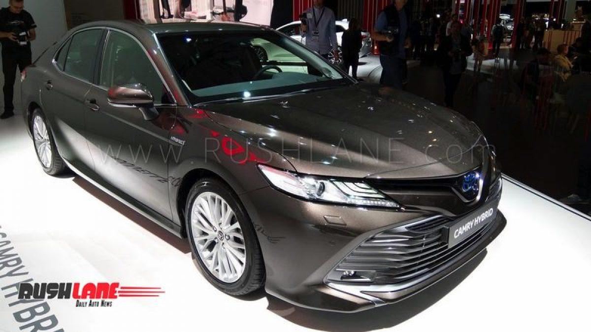 2019 Toyota Camry Hybrid Luxury Sedan Showcased India Launch Next Year