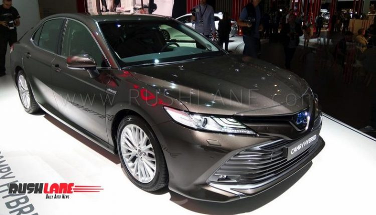 2019 toyota camry hybrid luxury sedan showcased