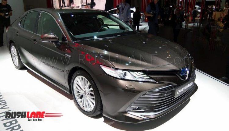2019 toyota camry hybrid luxury sedan showcased