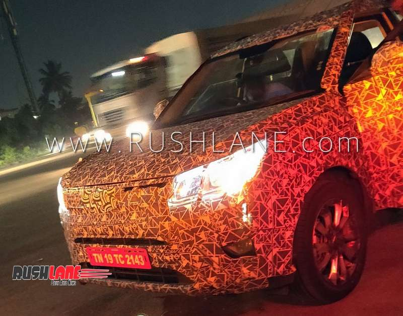 Mahindra XUV300 gets projector headlights, LED tail lights - Maruti
