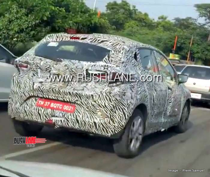 Tata Altroz Hatchback Spied Alloy Design Harrier Style