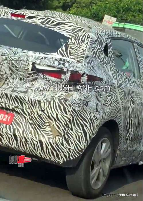 Tata Altroz Hatchback Spied Alloy Design Harrier Style