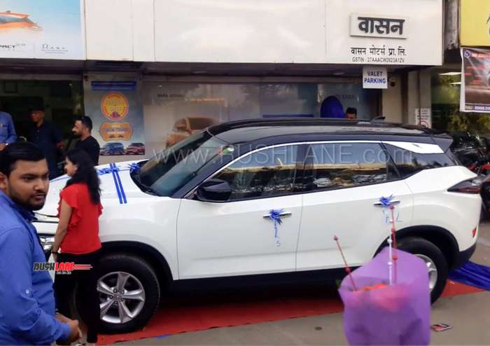 Tata Harrier White With Black Roof Dual Tone Dealer Mod