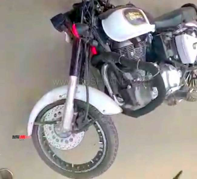 Royal Enfield aftermarket alloys crack while riding, rider