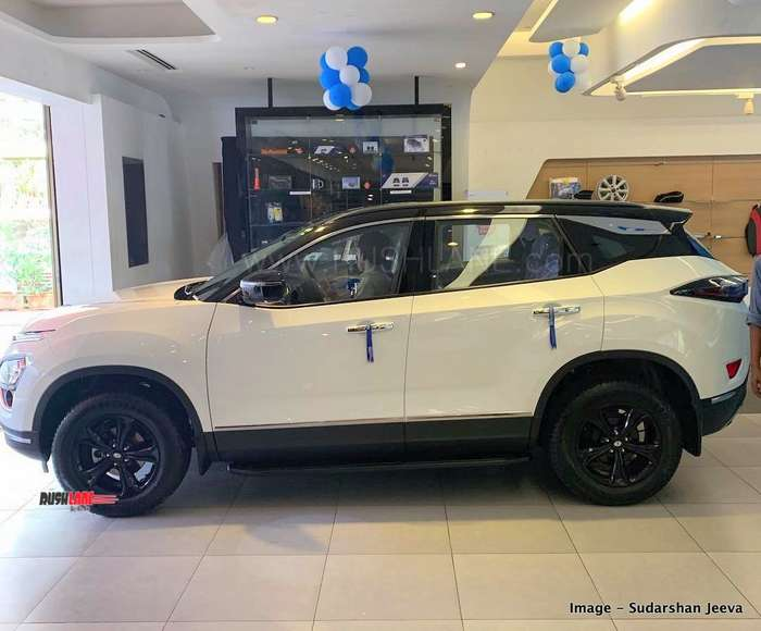 tata harrier gets range rover evoque look thanks to authorized dealer  range rover evoque white modified interior #10
