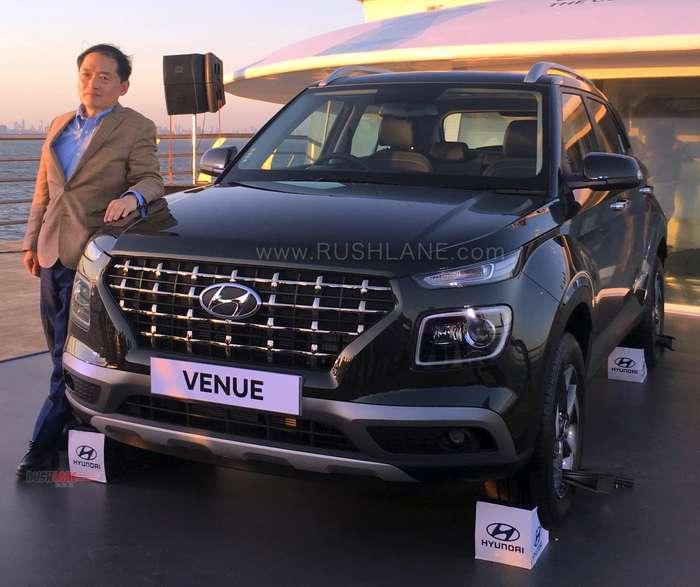 Hyundai Venue Suv For India Debuts 2 Petrol 1 Diesel 1