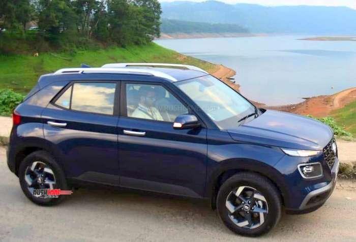 Hyundai Venue record bookings