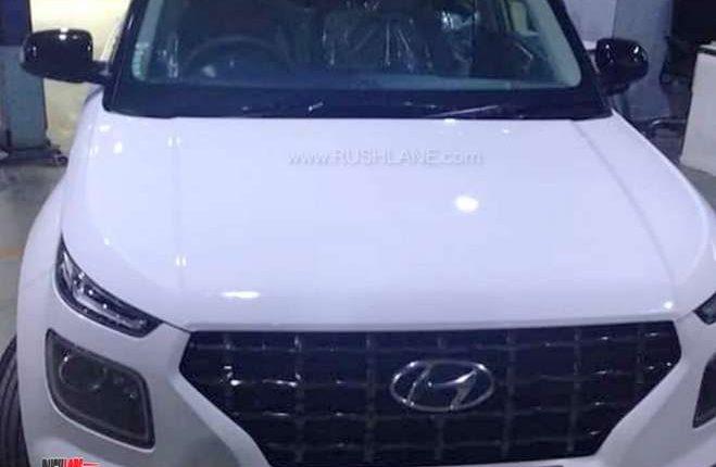 Hyundai Venue dual tone