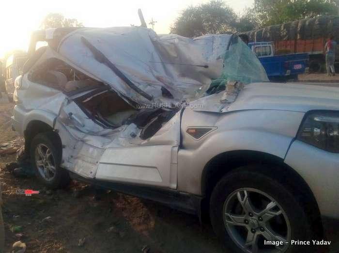 Mahindra Scorpio accident