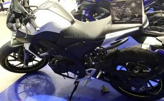 2019 Yamaha MT15 colours red, blue, white
