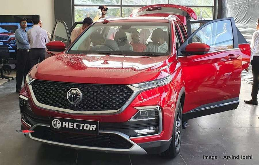 MG Hector bookings