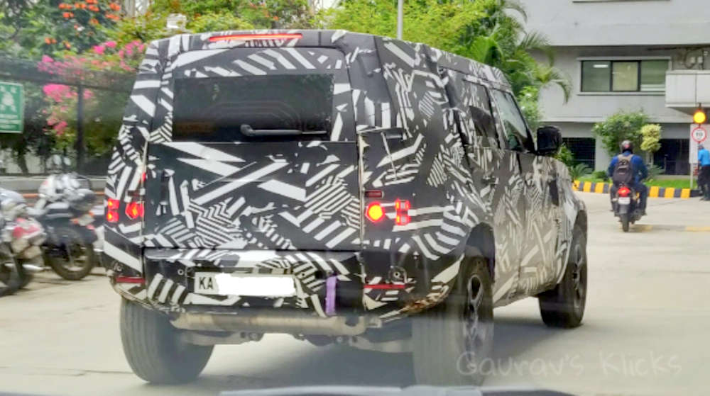 2020 Land Rover Defender spied testing in India ahead of launch - RushLane thumbnail