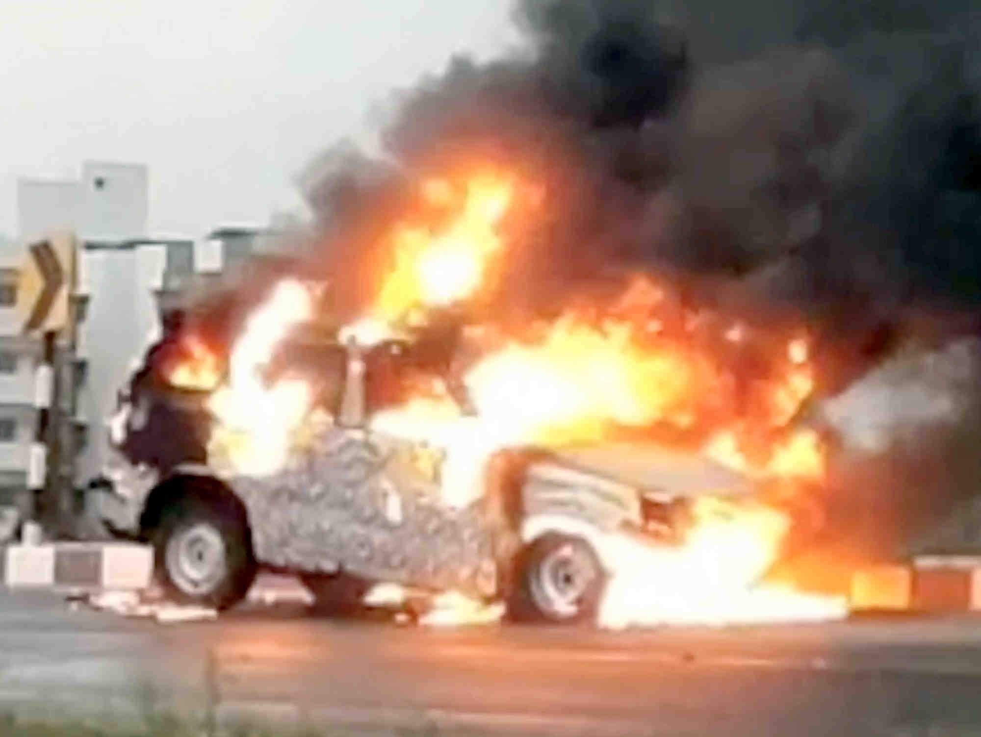 2020 Mahindra Scorpio fire video