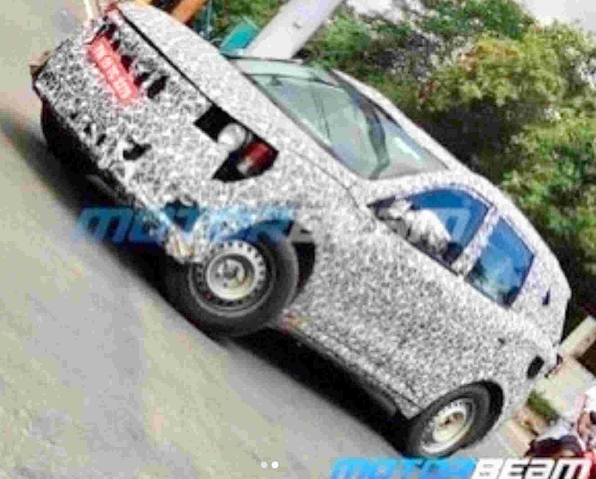2020 Mahindra XUV500 SUV