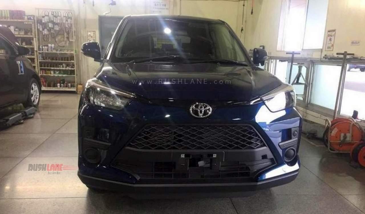 Toyota Raize blue