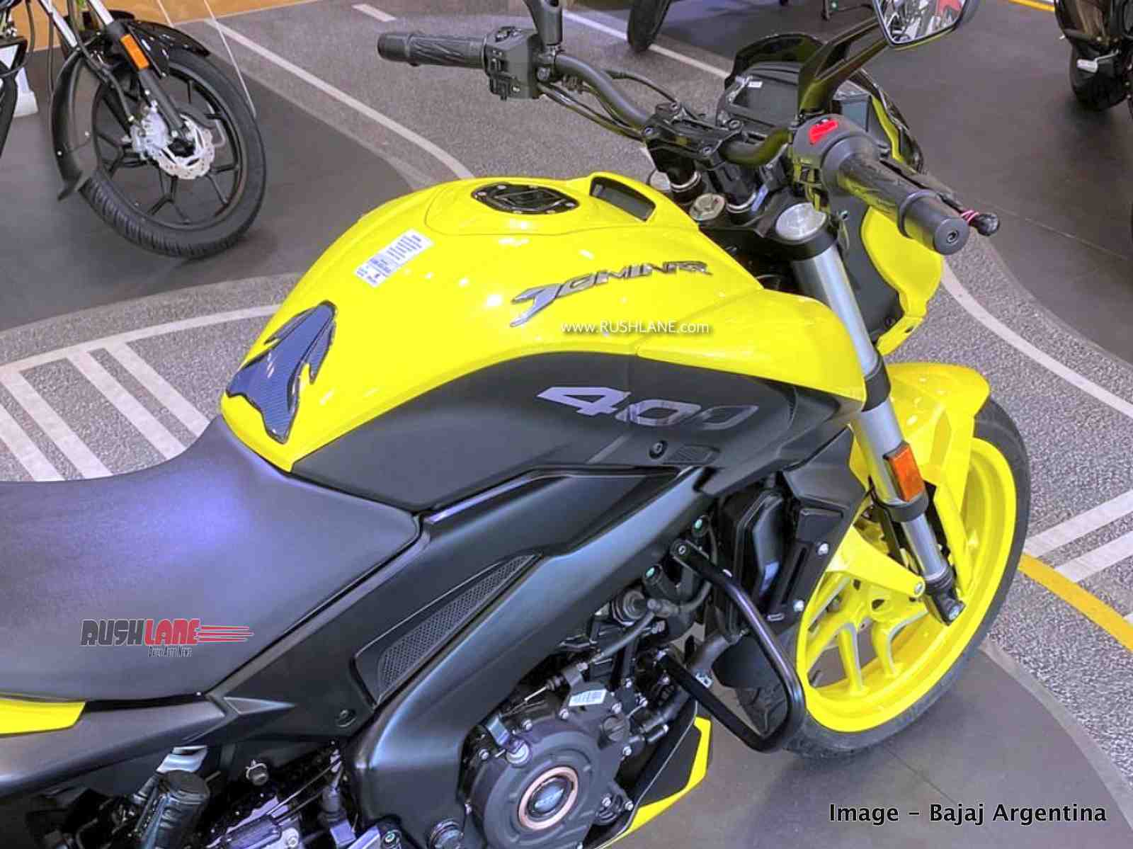 2020 Bajaj Dominar yellow