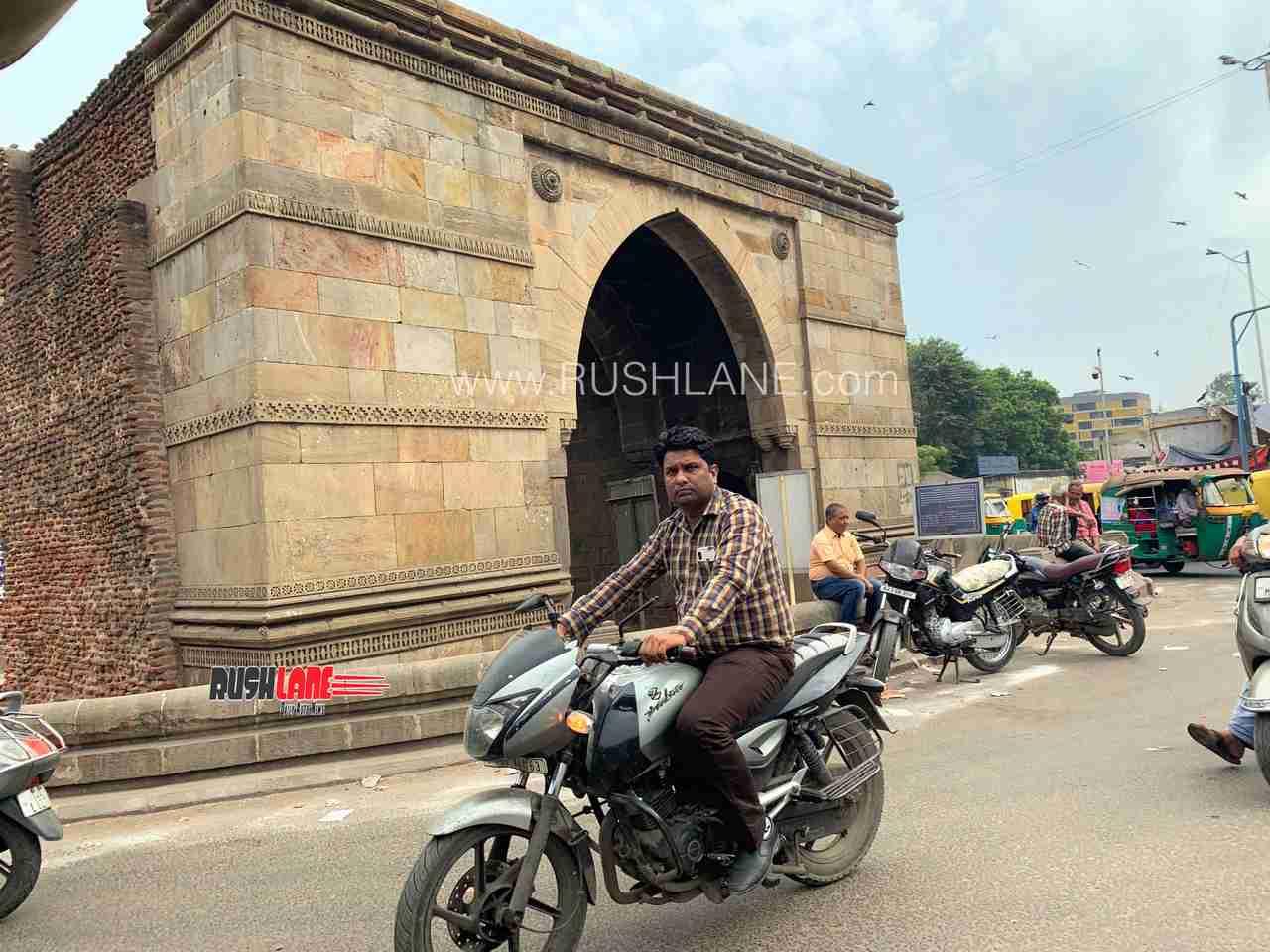 Bajaj pulsar ahmedabad biker helmet