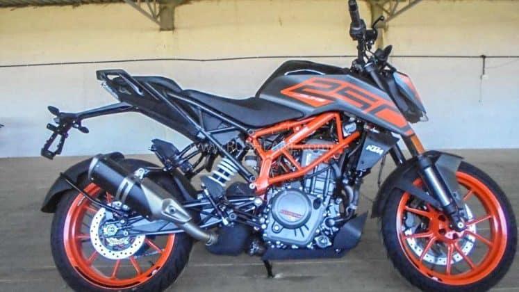 2020 KTM Duke 250 BS6