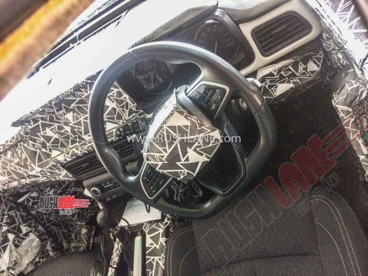 2020 Mahindra XUV500 interiors