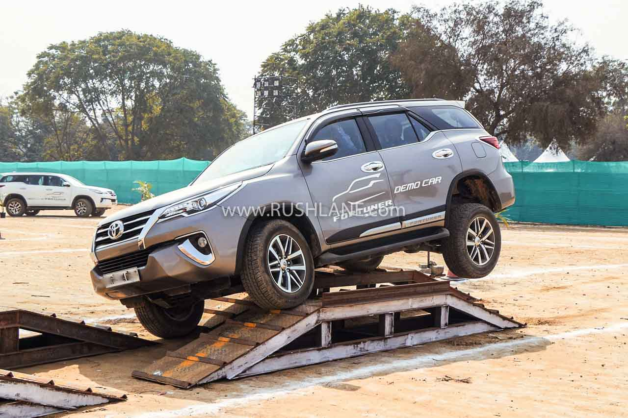 Toyota Fortuner BS6