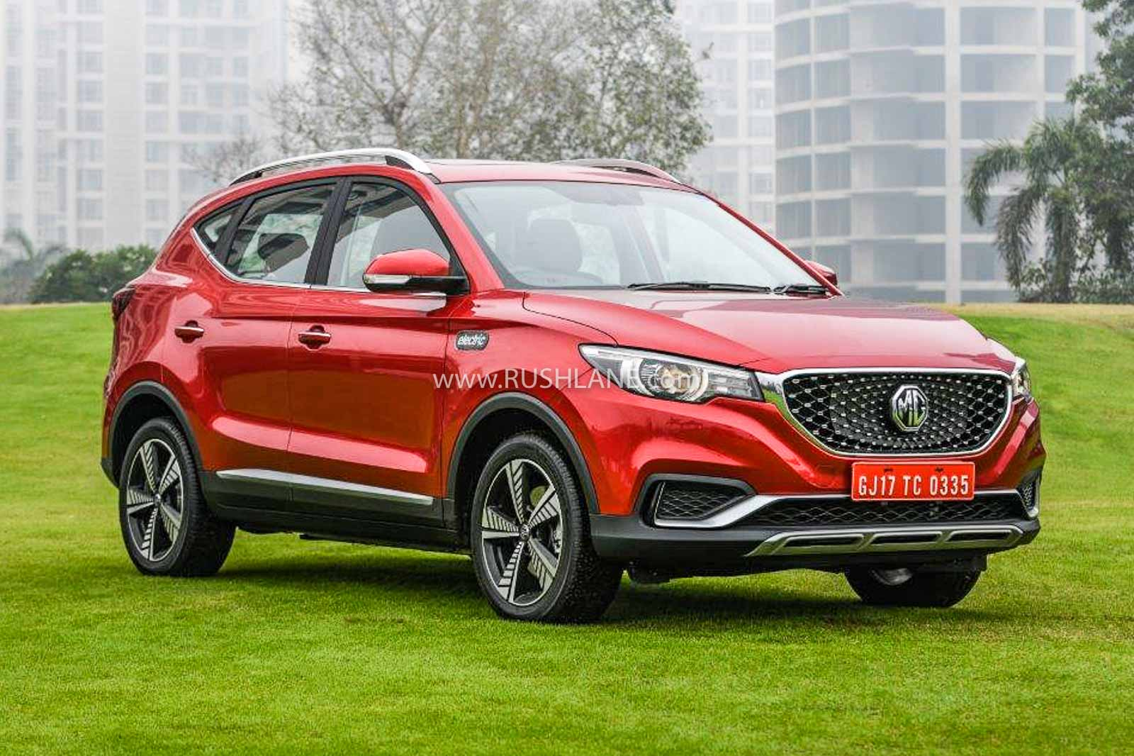MG ZS bookings record