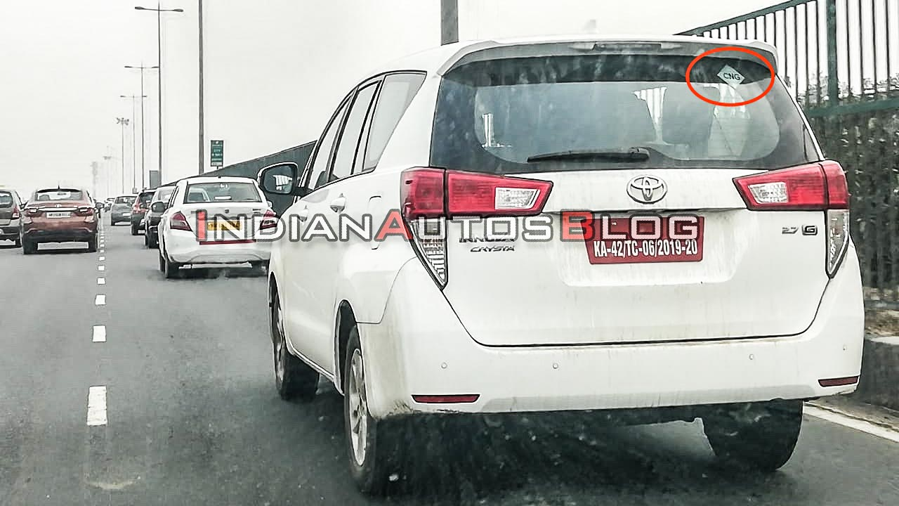 Toyota Innova CNG