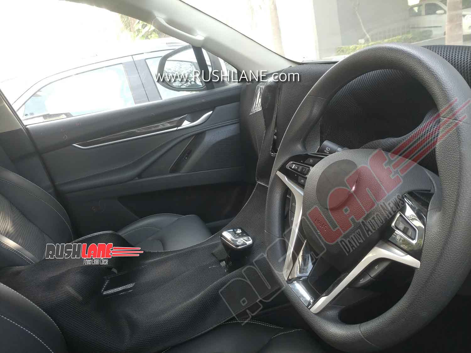 MG Gloster SUV Interiors