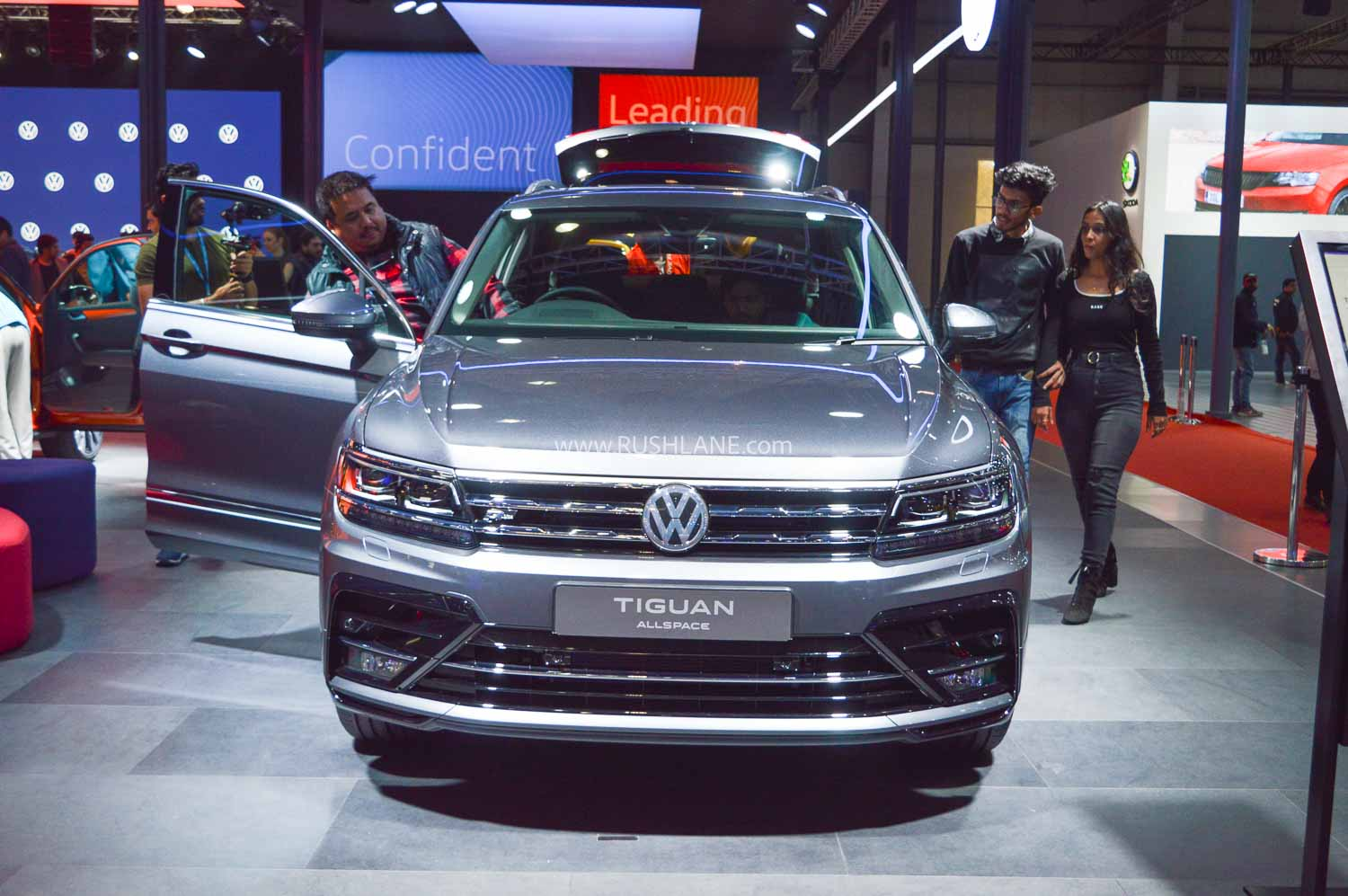 2020 Volkswagen Tiguan All Space at Auto Expo