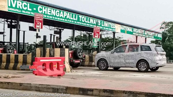 2021 XUV500 Spied with Thar