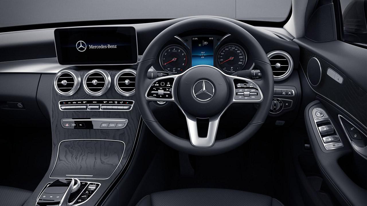 2020 Mercedes-Benz C200 - Avantgarde interiors