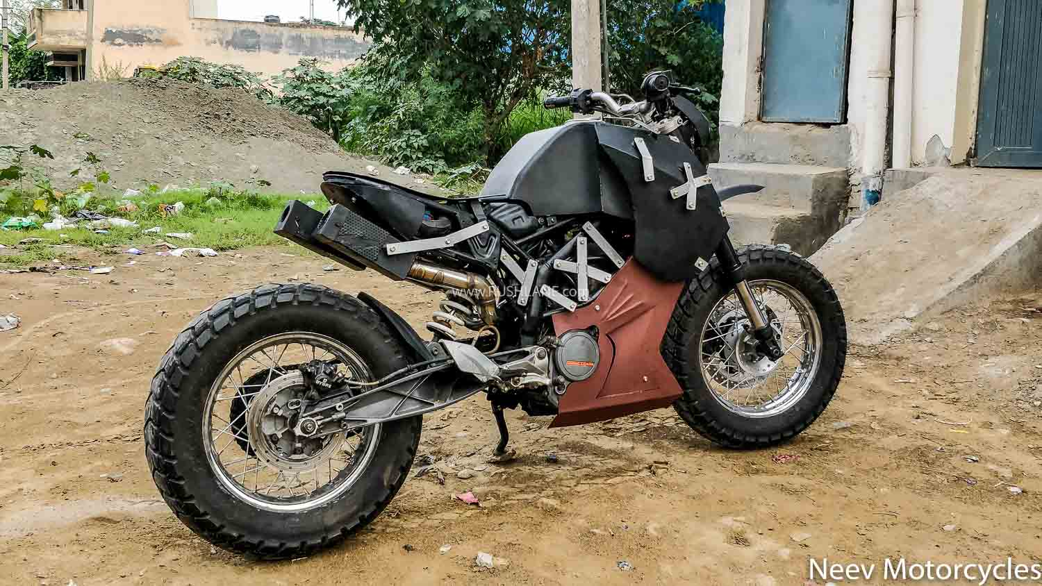 KTM Duke 200 Modified by Neev Motorcycles