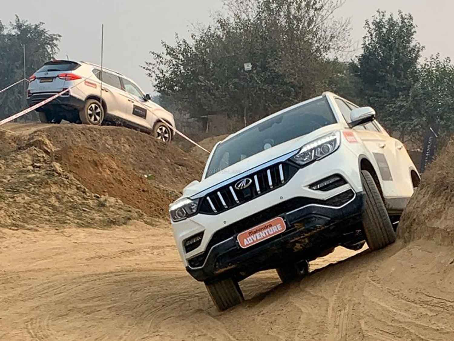 Mahindra Alturas G4 BS6 launched – Toyota Fortuner rival