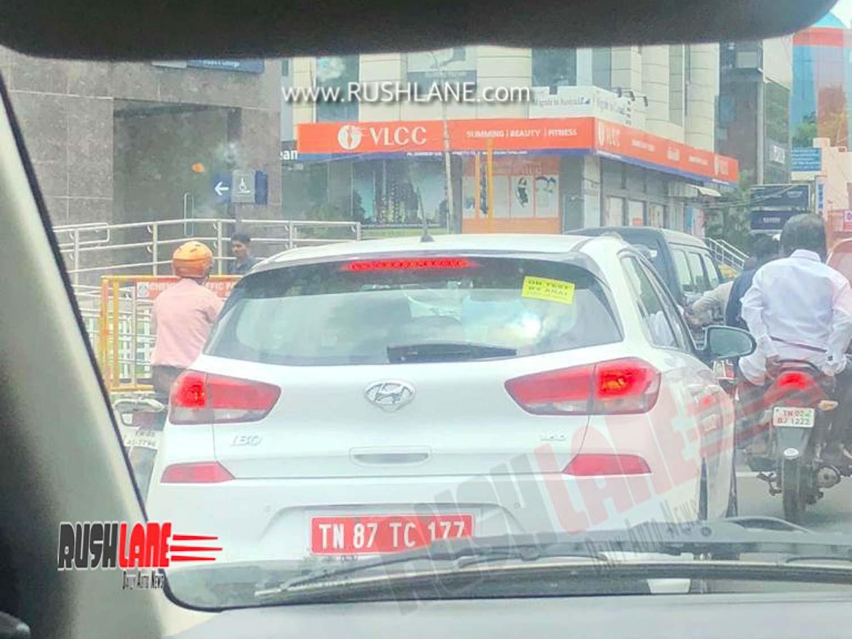 Hyundai i30 spied
