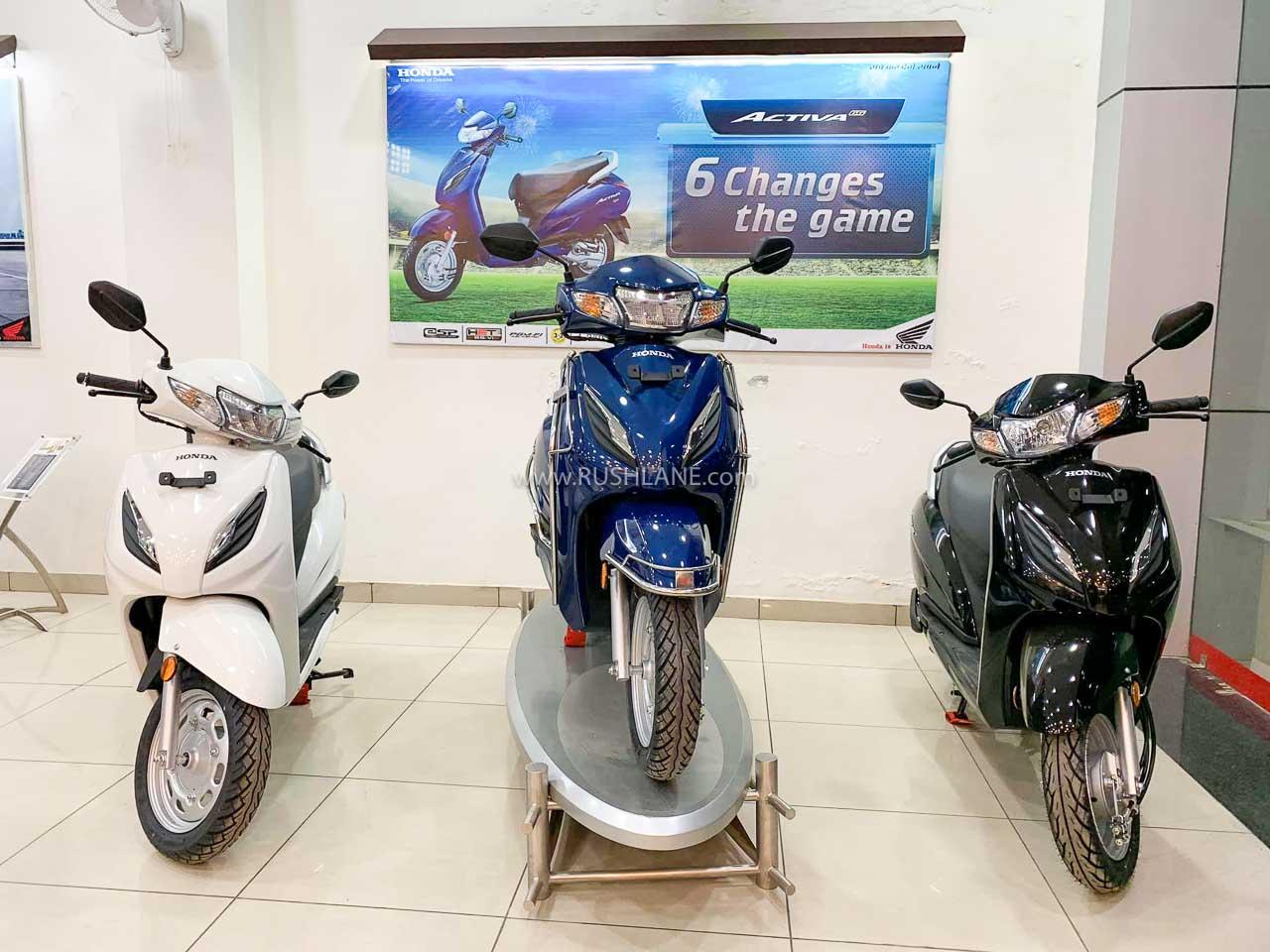 Honda Activa vs Bajaj Chetak Electric