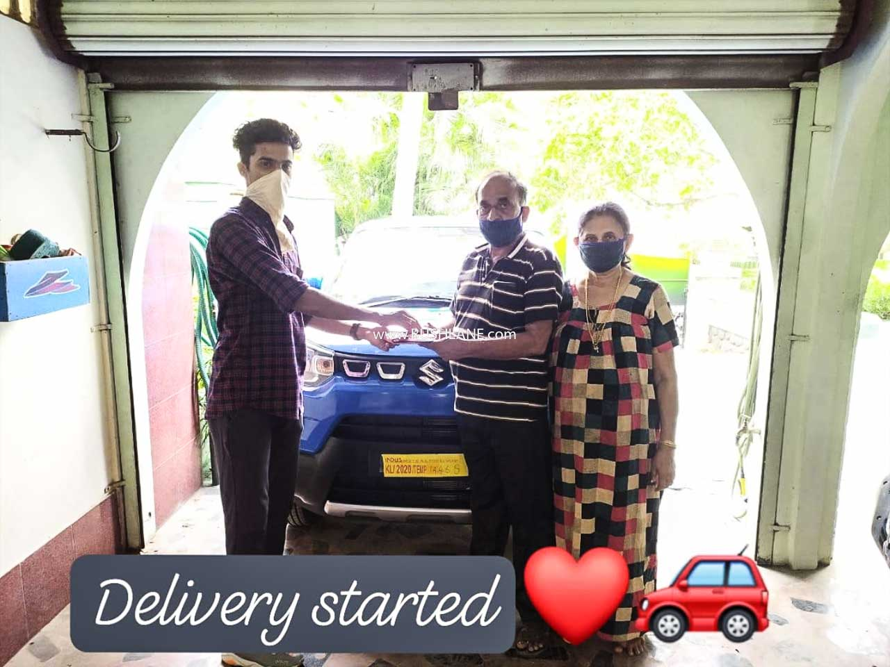 Maruti S-Presso delivered to owner as select dealers start operations
