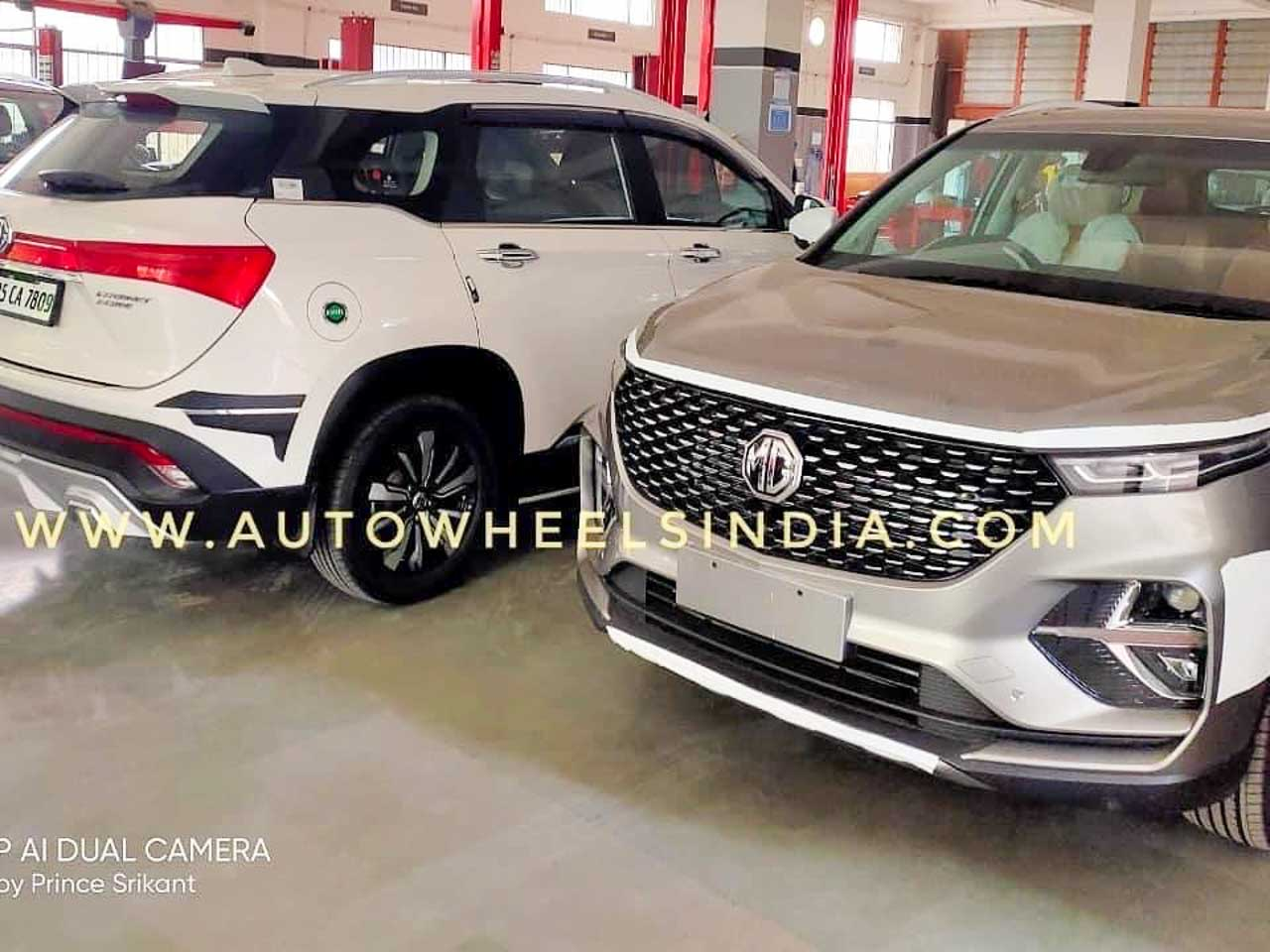 MG Hector Plus with the regular Hector