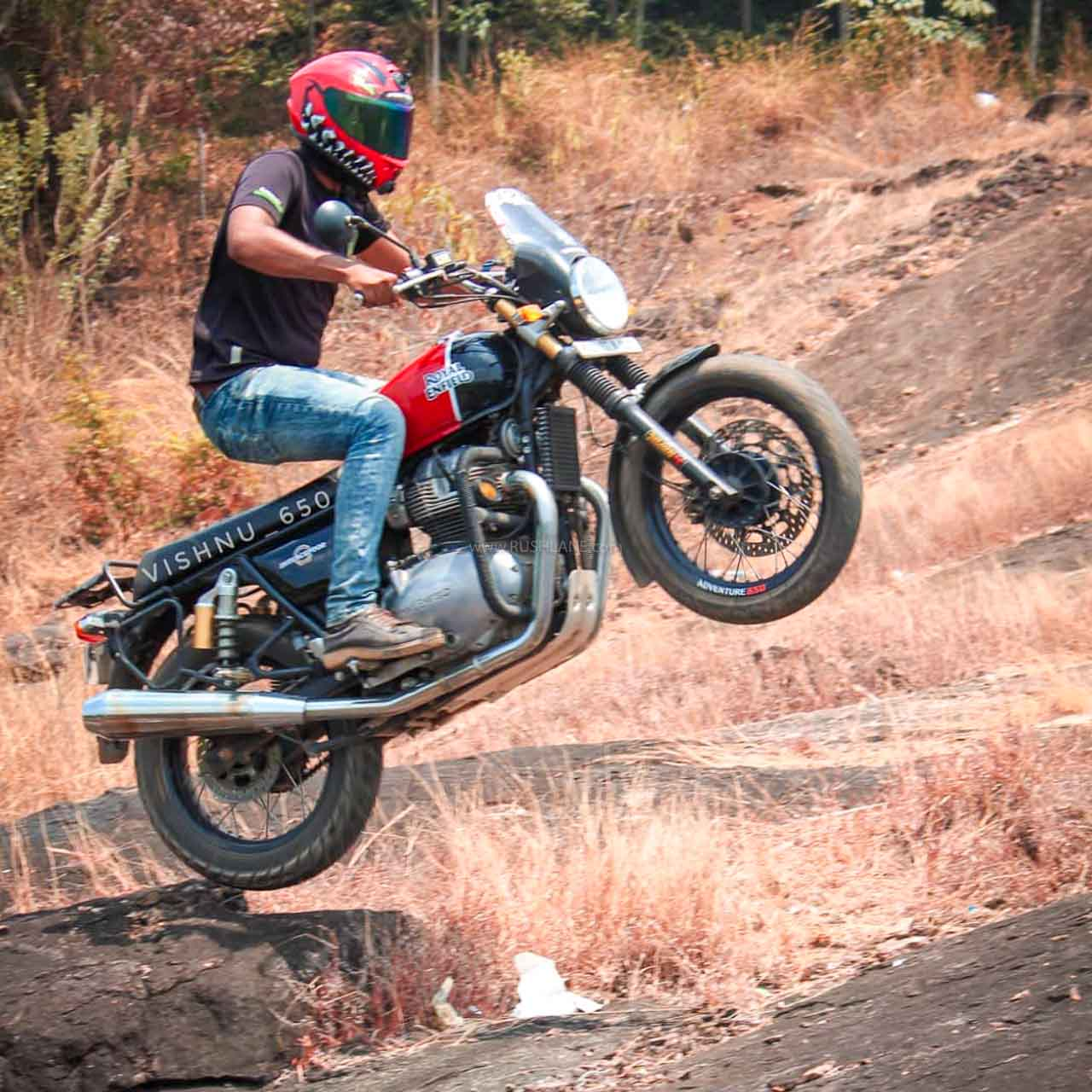 Royal Enfield Interceptor 650 withstands abuse – Owner shares stunt video